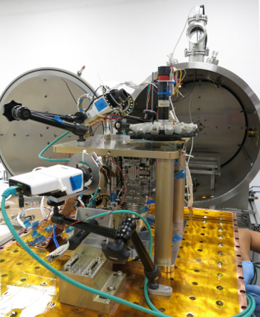 Preparation of ExoMARS Crushing Station for tests at Martian atmosphere